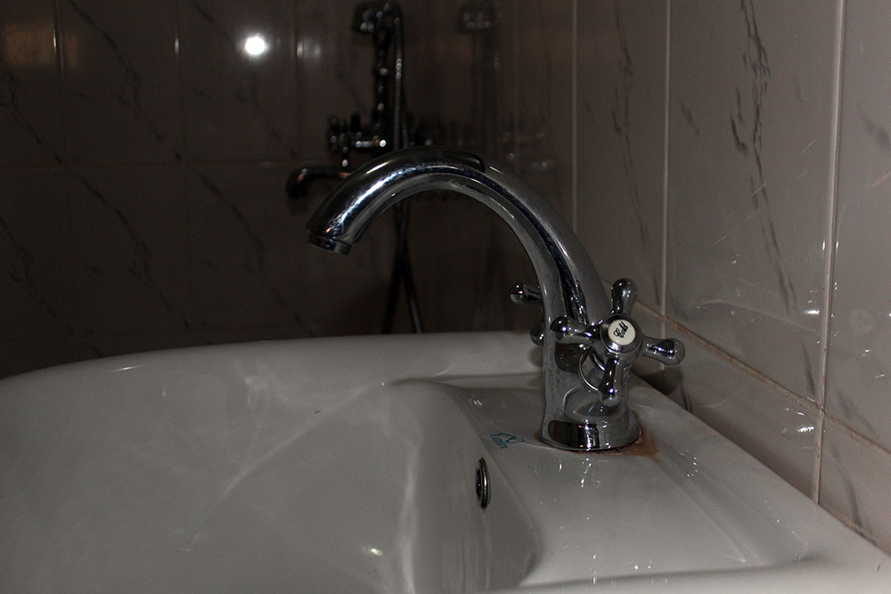 ecoresort_bathroom3